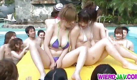 خانم ها شهوانی بازی سکسی یکدیگر را با حساسیت خاص نوازش می کنند