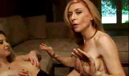 من بازی سکسی بدون فیلتر پاره شورت من در محل انشعاب بدن انسان و در زمان دیک در آن
