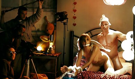 لیزا و دوست دختر او بازی سکسی فلش را