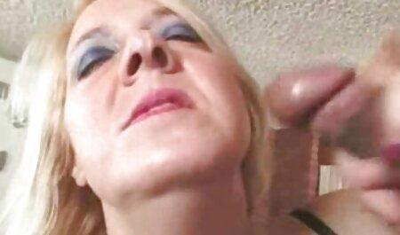 پرحرف بازی سکسی افلاین عمه نشان می دهد به