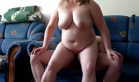 زن جوان بازی دخترانه سکس انسان