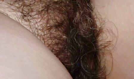 دختر در لباس شنای زنانه بازی سکسی موبایل دوتکه