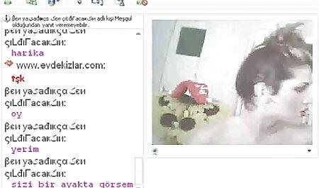 چهار دختران برهنه در خشم در مقابل یک سکسی ترین بازی کامپیوتری وب کم